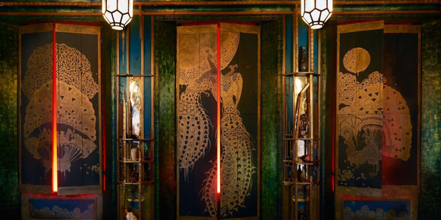 Peacocks & Greedy Patrons: Visiting V&A's Filthy Lucre Exhibition