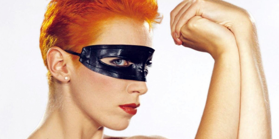 Londnr Artist of the Month: Annie Lennox